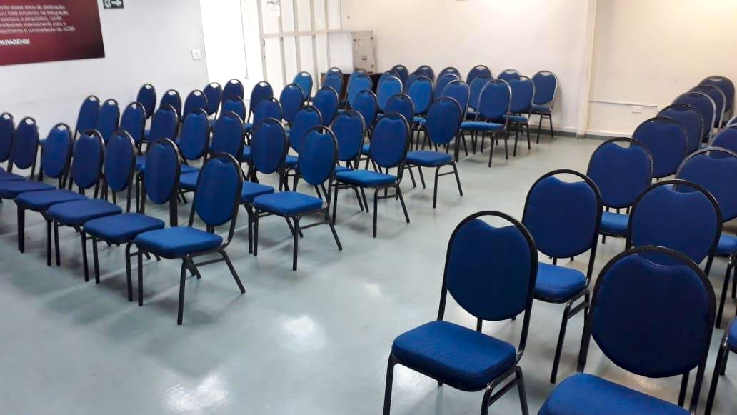 aluguel de cadeiras para treinamento | móveis para treinamento