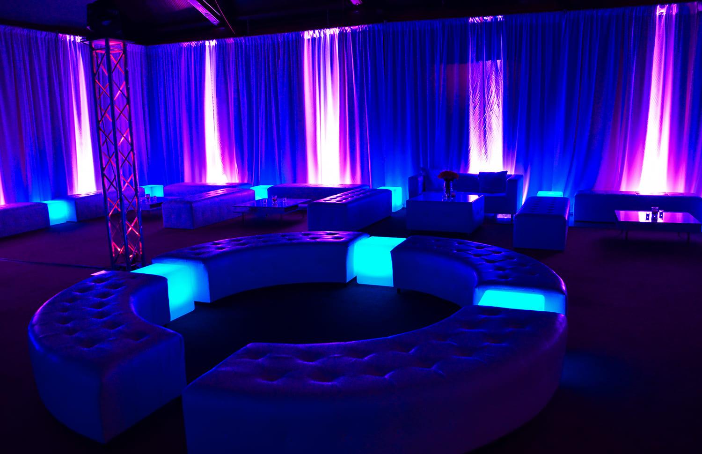 Aluguel de móveis iluminados para Eventos